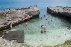 Natural pool (Val in Sydney) Tags: new pool island mare ile nouvelle caledonia piscine naturelle caledonie