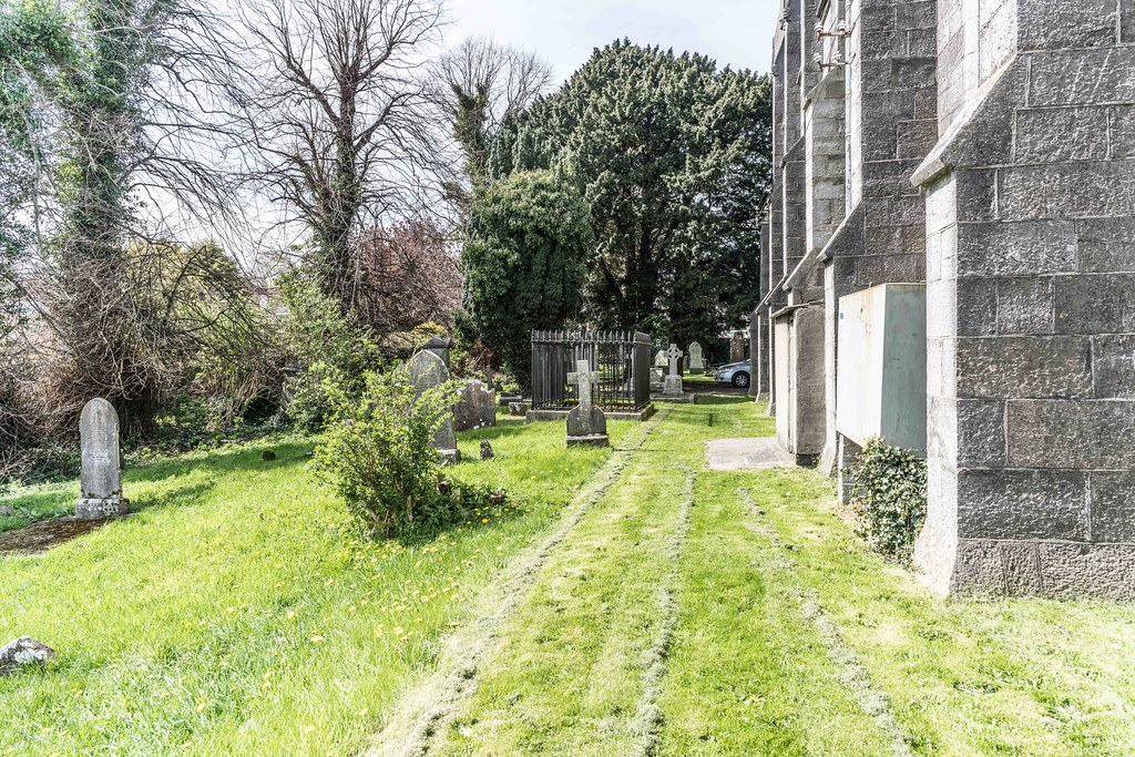 St. Columba's Church And Grounds In Swords County Dublin [Church Road]-115225