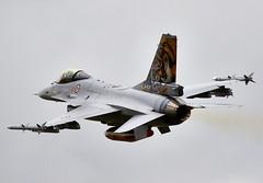 F-16 Falcon (Bernie Condon) Tags: uk norway tattoo plane flying fighter martin display aircraft aviation military airshow f16 falcon lm bomber lockheed warplane airfield ffd fairford riat raffairford airtattoo fightingfalcon rnoaf riat13