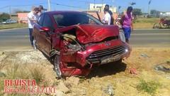 Irec: Motorista fica ferido aps acidente de trnsito (revistabarramagazine) Tags: irec ferido acidente motorista irecba avenidasantoslopes emirec