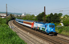 Pernerovka (Nikis182) Tags: electric railway slovensko slovakia locomotive bratislava nostalgie koda d eleznica perner nikis182 380011