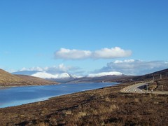 Ben Wyvis and Little Wyvis, Loch Glascarnoch, Highlands of Scotland, March 2016 (allanmaciver) Tags: sun snow mountains cold clouds afternoon wind little ben scene hydro loch moor scheme glascarnoch wyvis allanmaciver