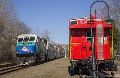 VRE Sounder train at Clifton (Michael Karlik) Tags: railroad train virginia railway caboose transit sound commuter express passenger clifton sounder vre f59phi