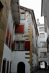alley (overthemoon) Tags: door windows architecture schweiz switzerland alley arch suisse shutters ruelle svizzera oldtown vaud romandie yverdonlesbains