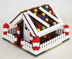 Gingerbreadhouse pic 2 (adde51) Tags: christmas brown house lego gingerbread gingerbreadhouse moc adde51