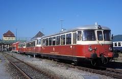 VT 9  Tbingen  03.07.99 (w. + h. brutzer) Tags: analog train germany deutschland nikon eisenbahn railway zug trains locomotive vt tbingen lokomotive hzl eisenbahnen webru dieseitriebwagen