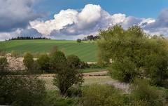 Aprilwetter im Rottal (fuchs_ernst) Tags: felder wolken panasonic frhling rottal