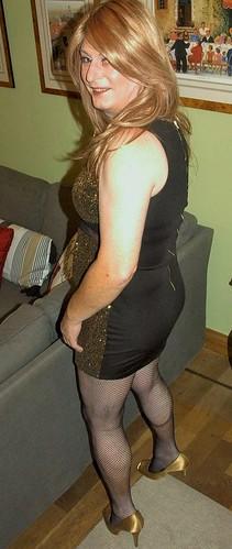 Im not pregnant - its a tummy shadow, take a closer look! Love C xx