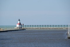 Michigan City, Indiana East Pierhead Lighthouse (1904) (SpeedyJR) Tags: lighthouse lighthouses indiana lakemichigan greatlakes michigancityindiana greatlakeslighthouses michigancityin michigancitylighthouse speedyjr 2016janicerodriguez