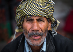 old man with jug ears and a turban in panjshambe bazar, Hormozgan, Minab, Iran (Eric Lafforgue) Tags: old portrait people man men senior horizontal beard outdoors photography persian asia iran persia headshot human elderly iranian bazaar turban adults adultsonly oneperson middleeastern frontview sunni menonly seniorman hormozgan lookingatcamera 50sadult  onemanonly  1people  iro thursdaymarket  minab colourpicture  panjshambe panjshambebazar iran034i2962