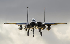 McDonnell Douglas F-15E Strike Eagle (urkyurky) Tags: usa war aircraft jets attack landing heat planes strike boeing noise combat bomber usaf isis waronterror mcdonnelldouglas isil f15eagle f15e strikeeagle usafe raflakenheath jetpipes 48thfw libertywing