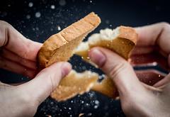 32/366 (phillipgaede) Tags: bread 50mm keks cookie potd cracker 365 tabletop brot lecker zwieback zerbrochen 366 tabletopphotography projekt366 eos600d
