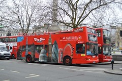 Julia Y203NLK (PD3.) Tags: uk england bus london buses tour open julia top president sightseeing seeing topless sight topper psv pcv tourbus metroline plaxton nlk y203 y203nlk