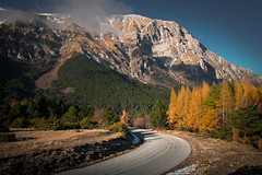 The warmest winter (luigig75) Tags: road street trees winter italy mountains montagne warm strada italia monte marche umbria canonefs1022mmf3545usm vettore 70d castellucciodinorcia