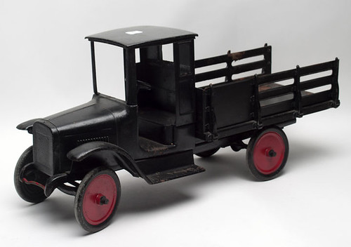 Moline Buddy L pressed steel truck $550.00