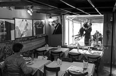Buenos Aires (Mximo Novas) Tags: street blancoynegro argentina buenosaires streetphotography wb tango sur laboca baile caminito fotografiaurbana americadelsur fotografiacallejera    fotografiadecalle streetargentina