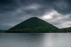 Monte dell'Eco (Naebula) Tags: longexposure shadow italy lake green water clouds lago daylight reflex nikon italia nuvole wind silk windy ombre acqua riflessi umbria vento silky longexposition longexpo lungaesposizione d700 mir24n35mmf2