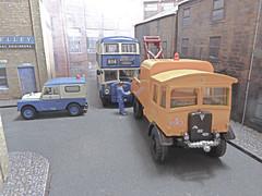 Bradford City Transport Bus Breakdown. (ManOfYorkshire) Tags: bus buses truck corgi support bradford models vehicle breakdown landrover diorama daimler bct diecast matador wrecker aec ooc frontentrance halfcab bradfordcitytransport wibsey oxforddiecast mooreavenue route614