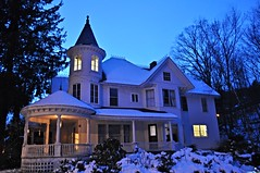 ICE PALACE (Alferdoss) Tags: house victorian oldhouse frontporch queenann