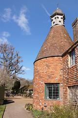 Batemans - Burwash, Sussex (Neil Pulling) Tags: uk england sussex oast nt nationaltrust eastsussex kipling rudyardkipling batemans oasthouse burwash tilehung