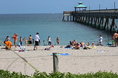 IMG_0084 (Mike H Photography) Tags: sea sun beach relax joy sunny dania