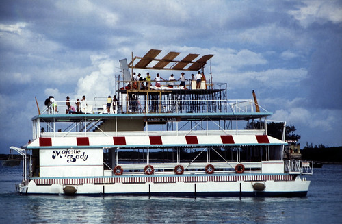 """Bahamas 1988 (303) Paradise Island • <a style=""""font-size:0.8em;"""" href=""""http://www.flickr.com/photos/69570948@N04/23566719274/"""" target=""""_blank"""">View on Flickr</a>"""