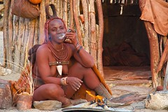 IMGP2615 (Claudio e Lucia Images around the world) Tags: tits naked himba smoke shelter kunene epupafalls purros