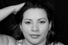 Patricia (Pereira Jonatas) Tags: olhar mulher na mo cabea