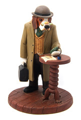 Robert Harrop CC117 - Beagle Doctor Watson (Kev Gregory (General)) Tags: people dog robert beagle country doctor watson figurine gregory kev doggie companions harrop cc117