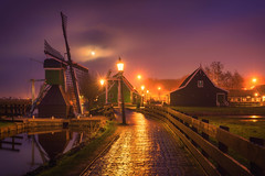 Zaanse Evening (albert dros) Tags: mist dutch moody atmosphere windmills zaanseschans zaandijk zaanstad albertdros