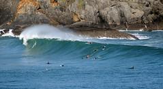 MUNDAKA WAVE / 2117GTW (Rafael Gonzlez de Riancho (Lunada) / Rafa Rianch) Tags: sea sports mar surf waves surfing vague olas deportes mundaka onda tubos cantbrico ocamo