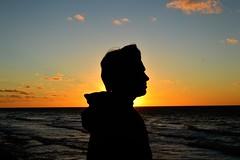 Amanecer (guadx) Tags: sea costa naturaleza sun sol nature water argentina del clouds contraluz dawn coast mar agua nikon buenos aires paisaje amanecer plata nubes backlighting atlantica d3200