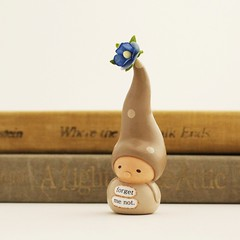Wee Gnome. Forget Me Not. (humbleBea) Tags: flower love heirloom forgetmenot collectible figurine inmemoriam sympathy inmemoryof missingyou bereavement goingawaygift humblebea weegnome beaswees new2016