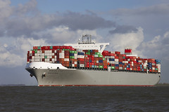MANHATTAN BRIDGE (angelo vlassenrood) Tags: netherlands canon boot photo shoot ship shot picture nederland vessel cargo container manhattanbridge angelo photoshot schip westerschelde walsoorden eos5dii