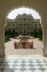 Hotel (cn174) Tags: india nationalpark tiger tigers rajasthan ranthambhore tigerreserve ranthambhorenationalpark ranthambhorebagh