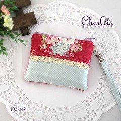 102-042 2 zips tissue pouch (CherGis Handmade) Tags: pink blue floral singapore sweet handmade sewing country card purse pouch patchwork gentle holder wristlet pastelcolors supportlocal tissuepouch qoo10sg qoo10seller chergishandmade handmadeinsg handmadeseller sghandmade 2zipperpouch 2zippocket