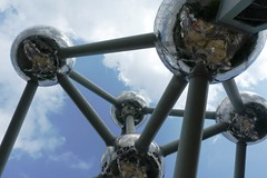 Atomium in Brussels (Belgium) (petikova) Tags: brussels sky art mirror iron belgium outdoor viewpoint edifice
