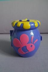 Polly Pocket : Winnie the Pooh Playset : Honey Pot (liloolimao) Tags: pot honey pooh polly pocket winnie playset