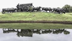 La carreta (The Carriage) (wesp2011) Tags: verde green grass reflections fuente reflejo gauchos cesped lacarreta bueyes thecarriage