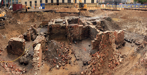 "Baustelle Schloßstraße - Panorama der Ruine • <a style=""font-size:0.8em;"" href=""http://www.flickr.com/photos/69570948@N04/26595182691/"" target=""_blank"">View on Flickr</a>"