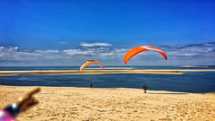 24/04/2016 day 245 : Arcachon - Banc d'Arguin / Dune du Pilat (Pyla) (shaye.photo@yahoo.fr) Tags: weather dune sunny paragliding figurine miss banc arcachon meteo bassin parapente iphone pyla volauvent pilat gironde project365 365days arguin 500px 365photos darguin iphonephoto missmeteo ifttt iphone6s