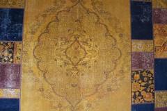 IMG_4988 (bildhamburg) Tags: interieur kleurrijk fauve tapijt motief