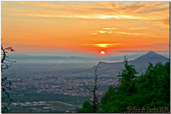 Breathtaking ... (krisdecurtis) Tags: christmas sunset red sky italy panorama sun love canon spectacular landscape italia tramonto 300d cityscape campania canon300d dream kris napoli naples sole rosso 2009 paesaggio masterpiece mycity lamiacitt caserta 2016 marvels maddaloni napule meraviglie krisdecurtis
