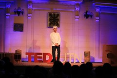 "TEDxUTN • <a style=""font-size:0.8em;"" href=""http://www.flickr.com/photos/65379869@N05/23976973850/"" target=""_blank"">View on Flickr</a>"