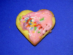 Heart shaped iced biscuit Germany 21st December 2013 (dennoir) Tags: germany december heart shaped 21st biscuit iced 2013