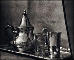 _1030184 cc (joanpetrus) Tags: bw contrast digital noiretblanc bn explore 20mm blancinegre monocrome virado incoloro monomania artlibre joanpetrus