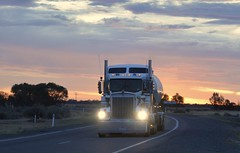 Prezioso (quarterdeck888) Tags: nikon flickr transport frosty semi lorry trucks tanker kenworth bigrig overtheroad haulage quarterdeck class8 heavyvehicle cartage roadtransport prezioso heavyhaulage t904 d7100 highwaytrucks cementtanker aussietrucks australiantrucks t908 australiantransport jerilderietruckphotos jerilderietrucks drybulktanker quarterdeckphotos