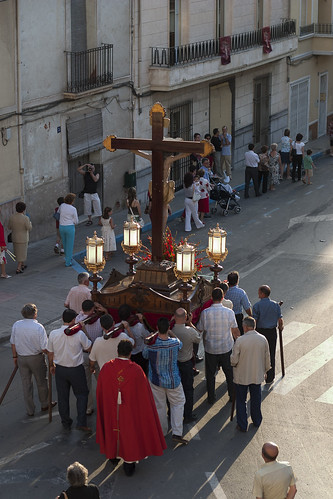 """(2004-07-04) - Procesión subida - Vicent Olmos -  (01) • <a style=""""font-size:0.8em;"""" href=""""http://www.flickr.com/photos/139250327@N06/24460145704/"""" target=""""_blank"""">View on Flickr</a>"""