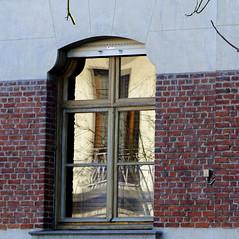 Les fentres virtuelles - The virtual windows (p.franche) Tags: brussels urban house reflection window wall mirror europe belgium belgique bruxelles panasonic reflet dxo miroir maison mur brussel reflexion fentre hdr faade schaarbeek schaerbeek belge fz200 pascalfranche pfranche