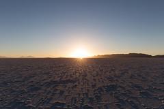 Salar d'Uyuni jour et nuit 16 (__Alex___) Tags: voyage travel blue light sunset sun nature canon landscape view desert wide bolivia flare 5d sel paysage salar uyuni bolivie mkiii 1635mm 1635f4is
